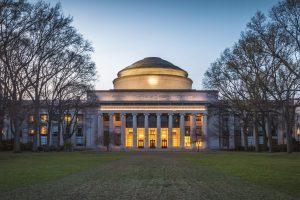 آشنایی کامل با دانشگاه mit آمریکا (Massachusetts Institute of Technology)